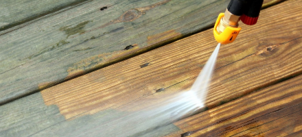 power-wash-wood