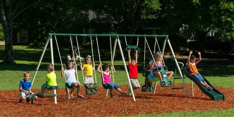 Beau ... Play On This Swing Set All At Once. Keeping The Kids Occupied And  Entertained Wouldnu0027t Be As Difficult Anymore. You Can Invite Their Friends  Over And ...