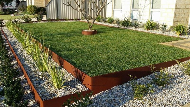Landscape edging ideas that create curb appeal for Lawn edging materials